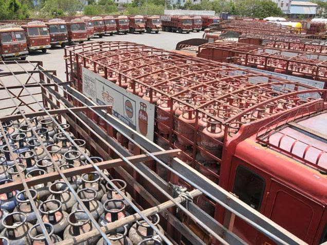 CAG audit nails Centre's claim on LPG subsidy saving